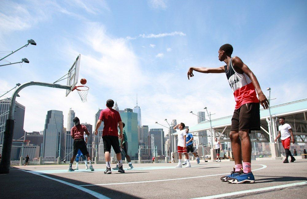 Streetball à Brooklyn Bridge Park - NEW YORK